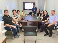 Na manhã desta quinta-feira, dia 20 de setembro de 2018, na sala de reuniões da sede, o servidor técnico-administrativo Pedro Felipy Cunha da Silva, Arquivista, realizou a 2ª reunião para apresentação do Diagnóstico Documental do CCJ, desta vez para as coordenações e chefias departamentais. A 1ª reunião foi realizada em 30 de agosto de 2018, com a presença do Diretor do Centro e os membros da Diretoria, Gestão Administrativa e Gestão de Pessoas.