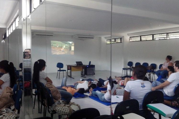 Disciplina DHO1_2015.1_Filme Território do Brincar.jpg