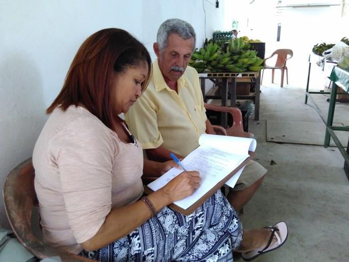 Aplicação dos questionários junto aos agricultores - Campesinato em Movimento