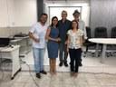 Palestrante Carlos Eduardo (de branco, à esquerda), Profa. Ana Loísa, Prof. Petrônio, Profa. Melânia e Prof. Afrânio (de chapéu).